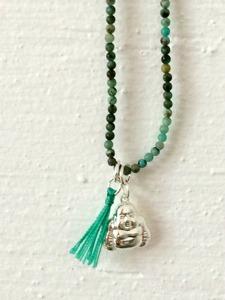 Halsband med silver Buddha