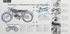 """""""Silverpilen 1955"""" I de första annonserna betonade man att Silverpilen var den verkliga """"fartbågen"""" med den stora motorn, låga totalvikten och blixtsnabba accelerationen. """"Ett verkligt racerbetonat fullblod""""."""