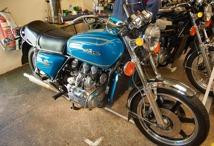 Den blåa varianten 1975. Vid introduktion gick de flesta till USA-marknaden.