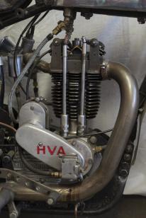 """Motor med """"stolptopp"""", av JAP:s fabrikat?"""