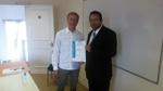 Tomas Wernant, dblyou marketing, blir certifierad av Sagar Sarkar, LSPR.
