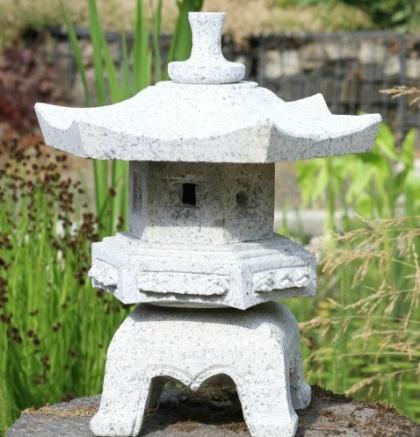 Den japanska trädgården , stenhus