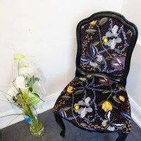 bugs black dots chair3