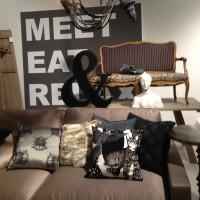 """Katten"" i sammet i Jan Rundgrens inpspirationsmonter"
