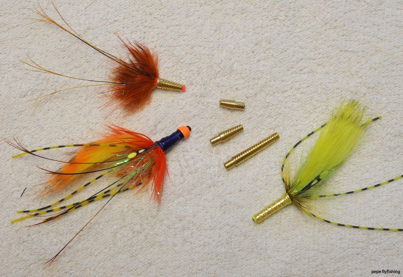 Snelda tube flies
