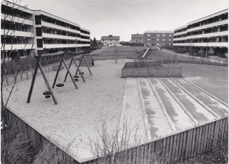 Hallands-Bild Foto: Börje Försäter. Lekplats på Trädlyckan 1970-tal.
