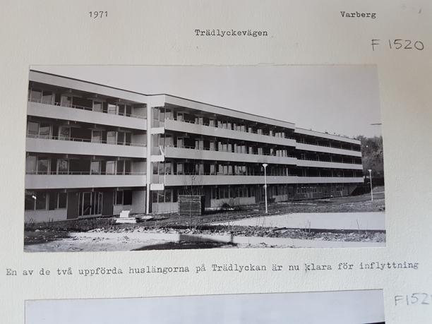Bilden visar hus B Tr.v 62-74 år 1971. Fotot är hämtat från Hallands kulturhistoriska museum.