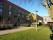 Inför fasadrenoveringen på hus A har arbetet med att gräva upp buskar påbörjats 2020-01-22