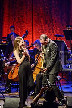 Isabella Lundgren och Peter Asplund. Foto Lia Jacobi