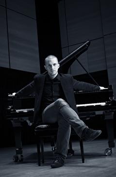 Magnus Hjorth. Foto Stephen Freiheit