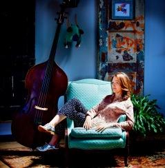 Katie Thiroux. foto Gina Long