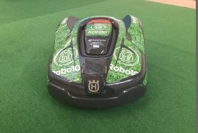Hyra robotrgäsklippare - funktionshyra Robot10