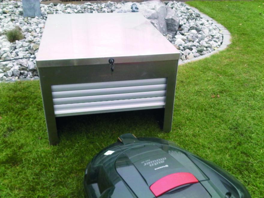 Låsbart garage/hus robotgräsklippare
