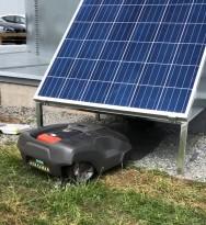 Soldriven robotgräsklippare - hållbara lösningar Robo10