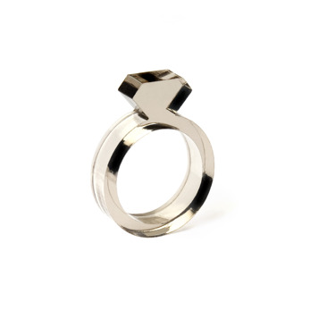 Diamond Acrylic Ring Smoke - Strl 9 / 19 mm
