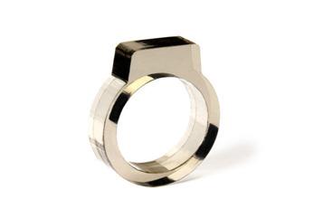 Signet Acrylic Ring Smoke - Strl 9 / 19 mm