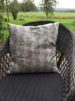 Kuddfodral lin, grått, svart och rött mönster - Kuddfodral lin, grått mönster