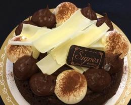 Dubbet chokladtårta från signes konditori i Vallberga & Laholm