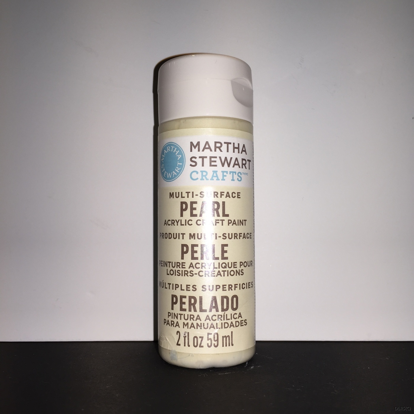 Martha Stewart Paint Allround Pearl Gold Mother of Pearl