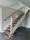 L-trappa, öppen med ek i planstegen