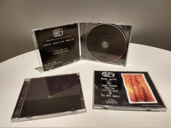 MJS: Mädäntyneen jumalan silmä – Ihminen Saastaa / Maailma Palaa / Vesi Sataa tuhkille CD - CD jewelcase