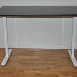 Höj- & sänkbart skrivbord - Nytt stativ & bordsskiva från Johanson Design
