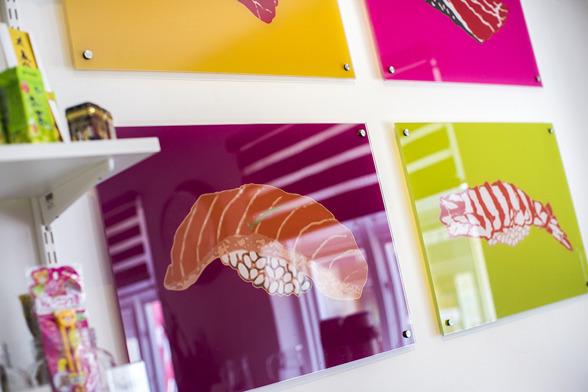 Affischer & Tavlor Halmstad. Affischer & Tavlor i Halland, proffs på Affischer & Tavlor i olika priser & format. Kontakta KBMEDIA i Halmstad