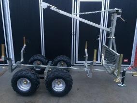 Timmervagn ATV med flak, kran & winch - ATV timmervagn