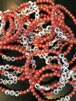 Armband, stora pärlor - Korall