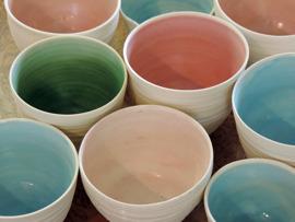 Skålar & ljuslyktor keramik
