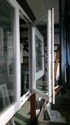 Utåtgående 2-luftfönster 3