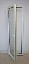 Inåtgående altandörr i PVC, öppnad