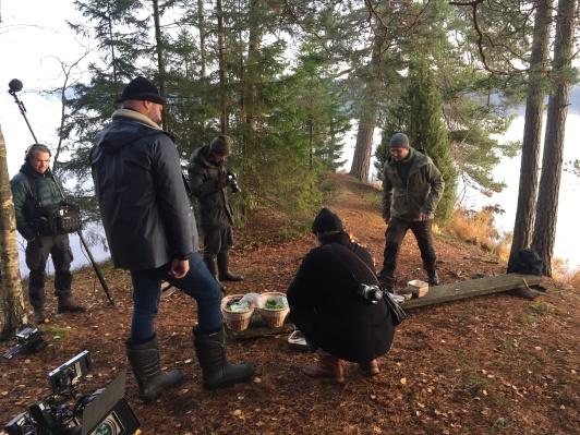 Kocken Jacob Holmström under inspelningen i Asa. Här filmas hans maträtt, specifikt framtagen för kampanjen The Edible Country.