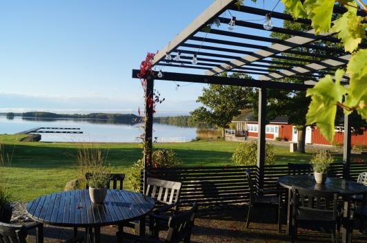 Tingsryd Resort med stugor och camping vid sjön Tiken lockar många utländska besökare.