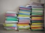 Fotograf christel Lind från HAlmstad har fotograferat en massa papper på Halmstad kommun.