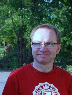 Anders Johansson, mästerdrejaren på Saltglaserat i Höganäs.