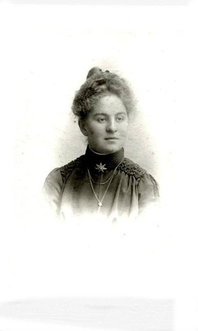 Ellen Karolina Andersson, född 1883