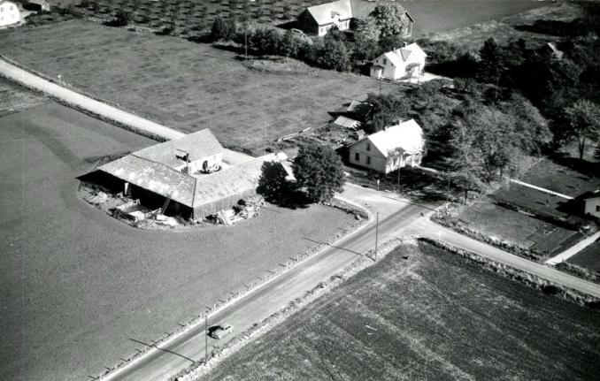 Bild från Kerstin och Bror Antbäck, Björsgården, 2016 - Björsgården på 1950-talet - som gården sett ut sedan 1888.