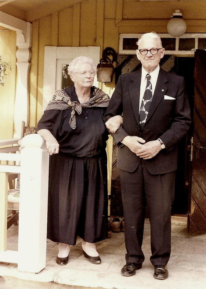 PÅ verandan 1989. Anita Heymans samling.