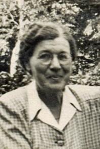 Dotter Eva Maria*, född i Skara 1884-12-24