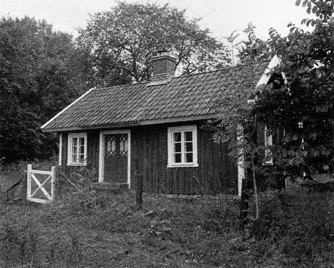 Lundbergstorpet -> Wassängen - stugan byggd 1907 av soldat Wass änka.