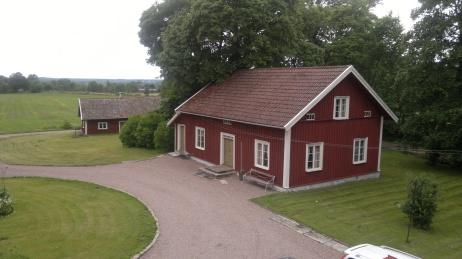 Gårdshuset på Hålltorp där David blev hyresgäst för att kunna kvarstå som riksdagsman - efter att ha blivit fråntagen allt!