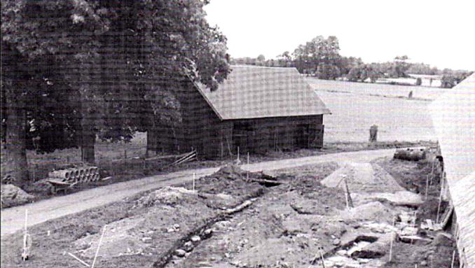 Skarke kyrka 1979 - foto vid provgrävning vid Kyrkebo, Ragnar Sigsjö