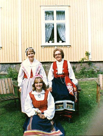 Anita, Gulli, Elisabeth Hedin - bild från Anita Hammars album, 2020