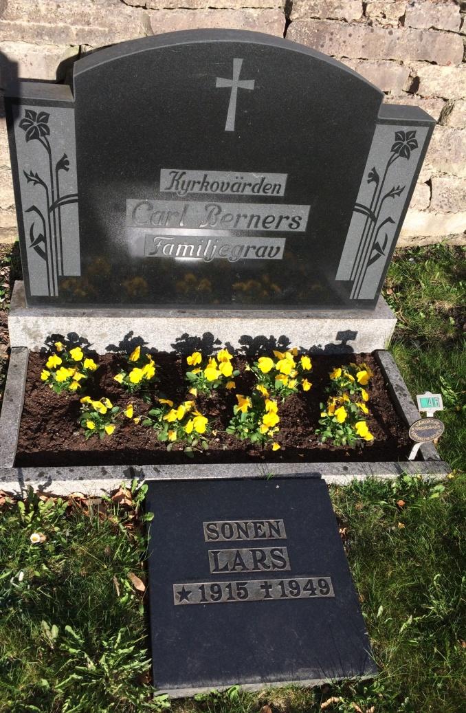 Familjen Berners familjegrav i Varnhem. Foto Kerstin Lidberg, Skara,2020