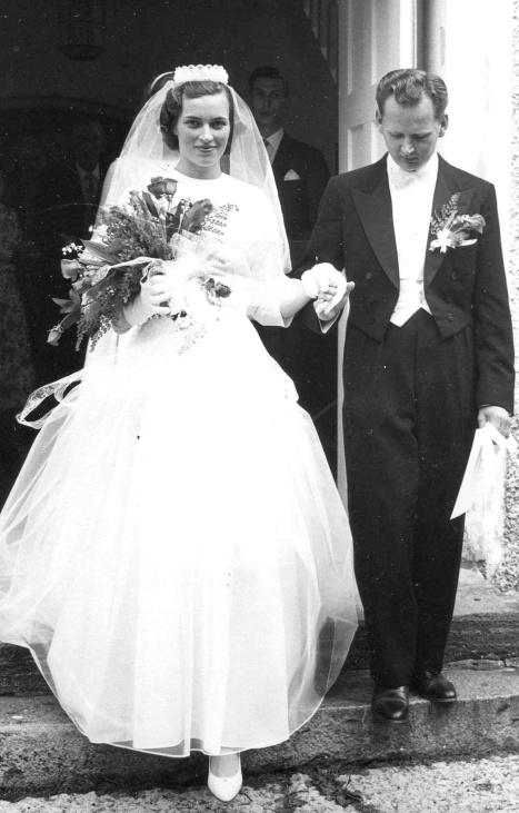 Astrid & Gösta Främst - Bröllop i Skärvs kyrka 1959-08-01.Foto från Anders Främst samling, 2016