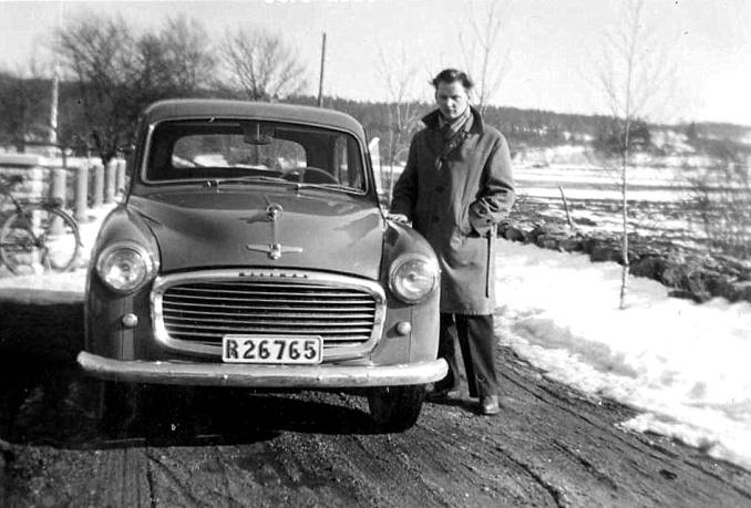 Göstas första bil Hillman 1956.Foto från Anders Främst samling, 2016
