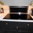 Lidhults kök höj och sänkbar fläkt i bänkskivan