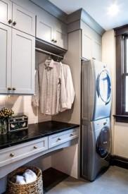Lidhults tvättstuga upphöjd tvättmaskin