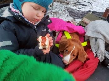 Äventyrsgrupp för barn och hund -